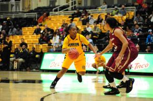 Kennesaw State sophomore guard Deandrea Sawyers (left)Photo credit: Kennesaw State Athletics