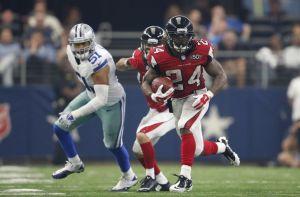Atlanta Falcons running back Devonta Freeman (24)Photo Credit: Matthew Emmons-USA TODAY Sports